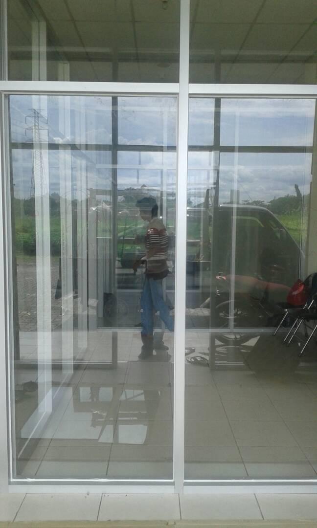 Toko-tukang-aluminium-kaca-asahi-glass-asahi-mas-murah-bekasi-jakarta-depok-bogor-cikarang-tangerang (12)