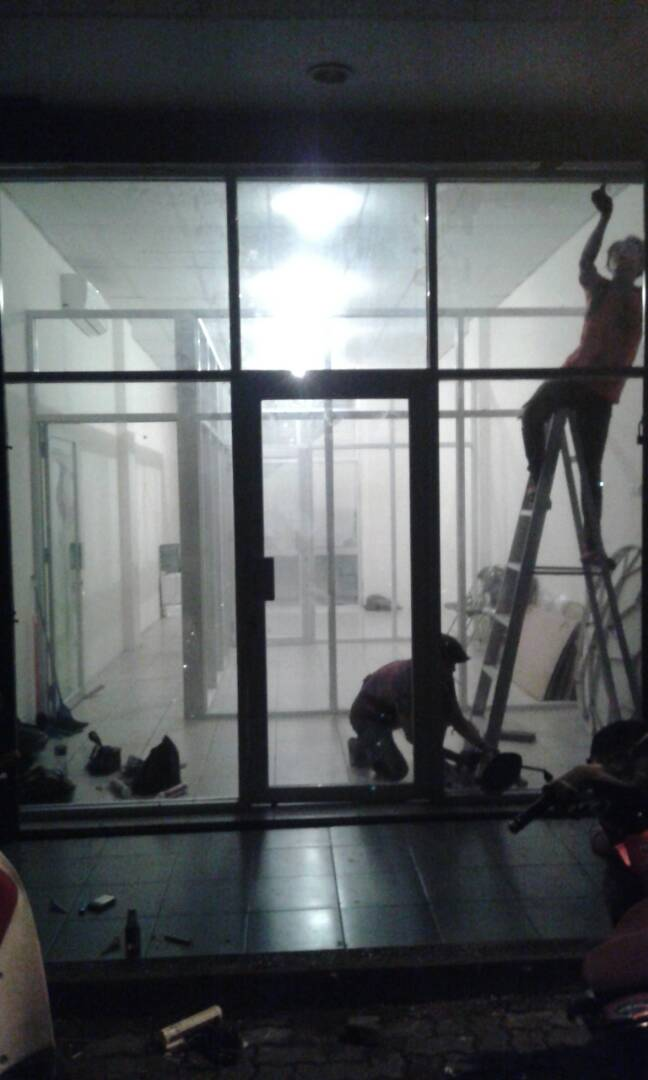 Toko-tukang-aluminium-kaca-asahi-glass-asahi-mas-murah-bekasi-jakarta-depok-bogor-cikarang-tangerang (45)
