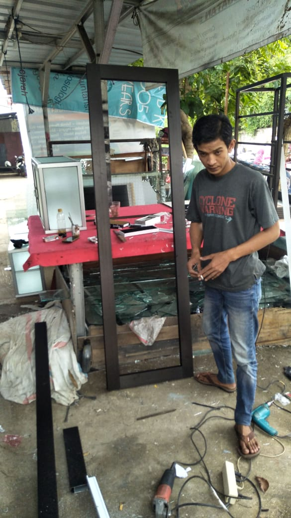 toko-tukang-aluminium-kaca-bikin-gerobak-murah-bekasi-jakarta-bogor-tangerang-depok (111)